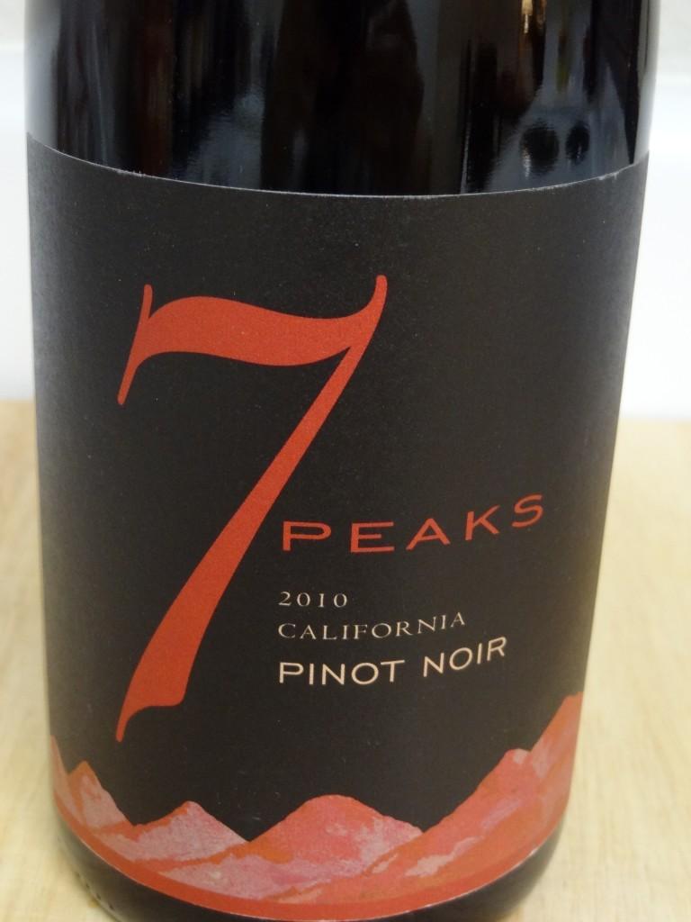 2010 7 Peaks Pinot Noir