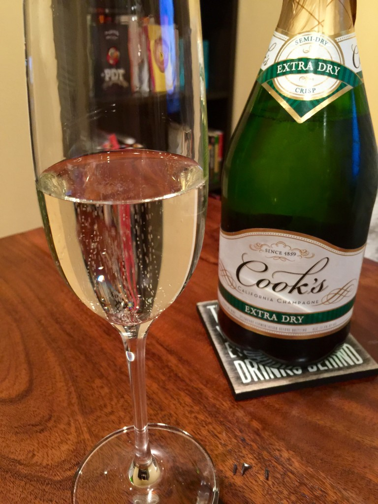 Cook's Extra Dry California Champagne Pour
